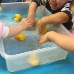 Learning about the five little ducks (song) though water play! stimilating our senses. This experience promotes confidence, curiosity, imagination and communication skills while also connecting to the EYLF Learning Outcome: 4 Children are confident and involved learners.
